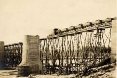 West-Montrose-CPR-Bridge-300x206
